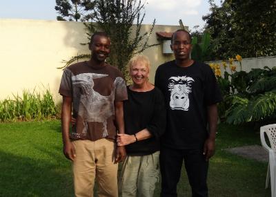 Charlene Jendry with Joseph Karama (l) and Felix Ndagijimana (r)
