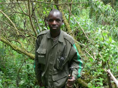 Esdras Nsengiyumva as a tracker in 2009