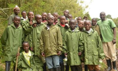 The school children with their teacher, RDB guide and Karama