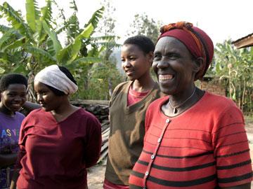 Augustine Rebagisha, a Dakunde Kawa Cooperative member